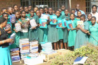 Kamuzu Academy Receiving Textbooks