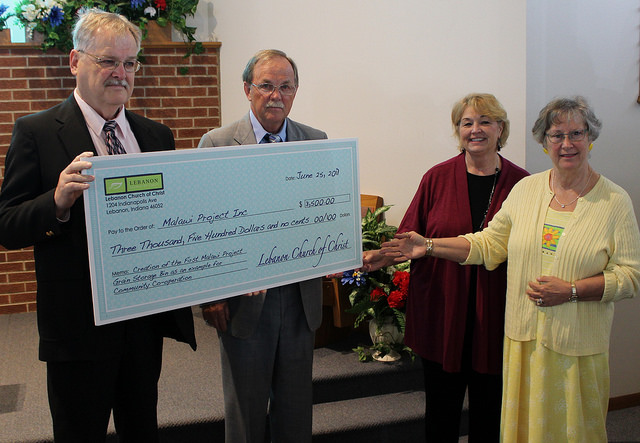 indiana-church-donates